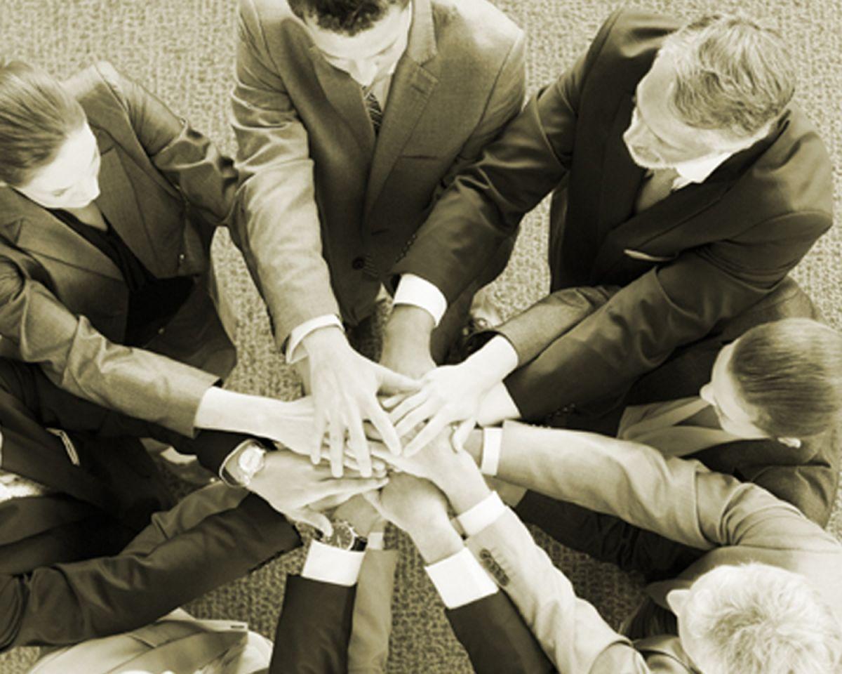 Unterstützung bei Konflickten - Für Gemeinden